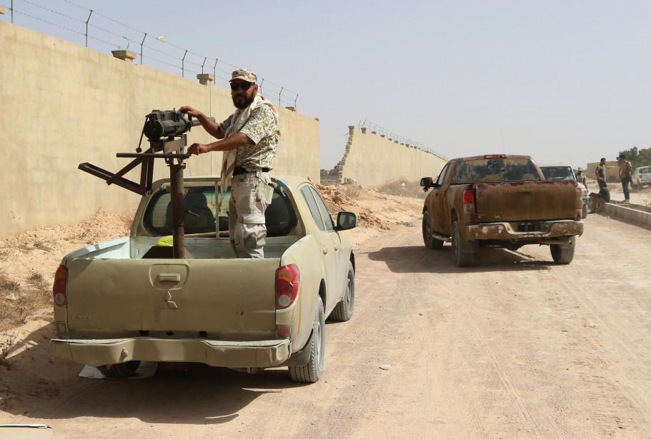 Livrée aux milices et minée par les luttes... (Photo archives AFP)