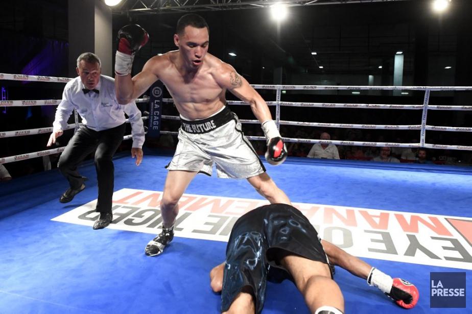 Au troisième round, Steven Butler a laissé partir... (PHOTO BERNARD BRAULT, LA PRESSE)