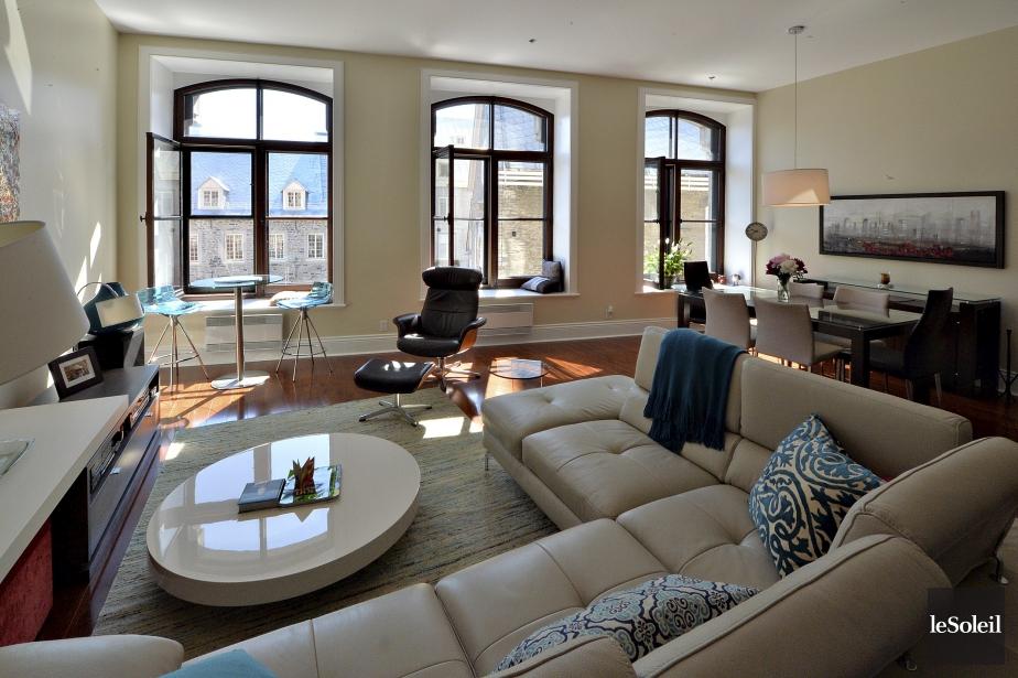 la vie urbaine son meilleur mich le laferri re d co. Black Bedroom Furniture Sets. Home Design Ideas
