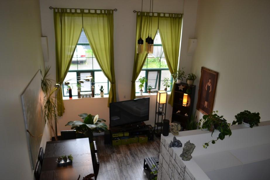 Portes ouvertes sur les coop ratives d 39 habitation for Chambre qui donne sur le salon