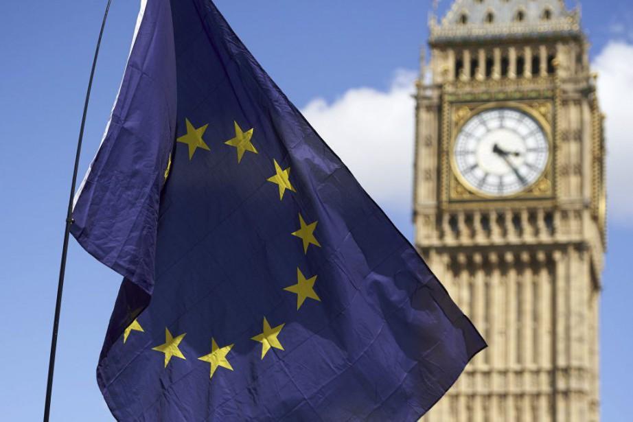 Le 23juin dernier, 17,4 millions de Britanniques ont... (PHOTO NIKLAS HALLE'N, ARCHIVES AFP)