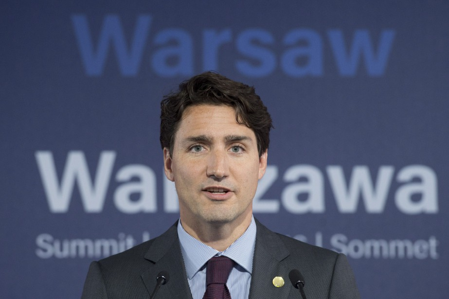 «La Russie se doit de changer son approche... (Photo Adrian Wyld, La Presse Canadienne)