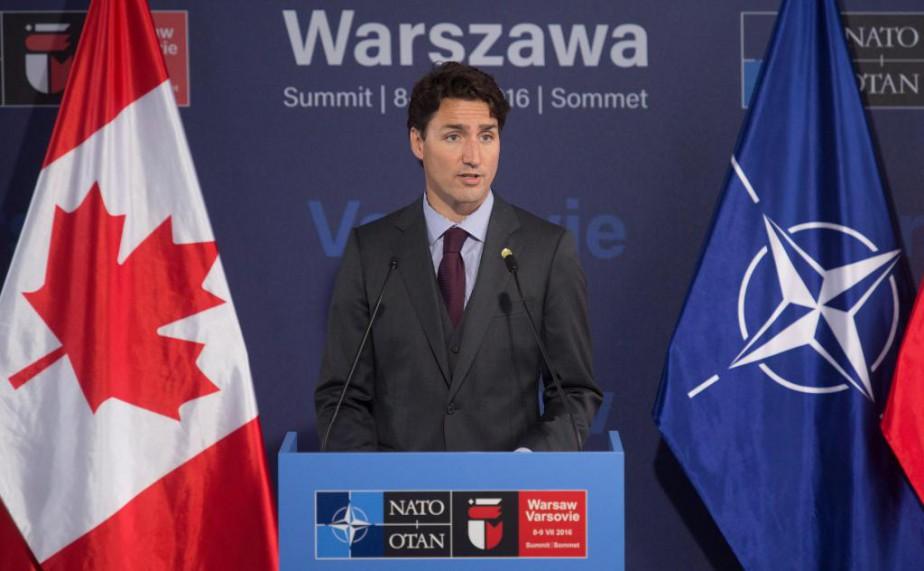 «Au sommet de l'OTAN la fin de semaine... (Photo Adrian Wyld, La Presse Canadienne)