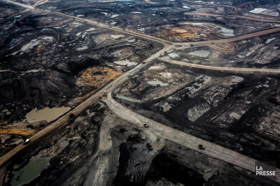 La production de pétrole et de gaz est... (Photo Olivier Pontbriand, Archives la Presse)
