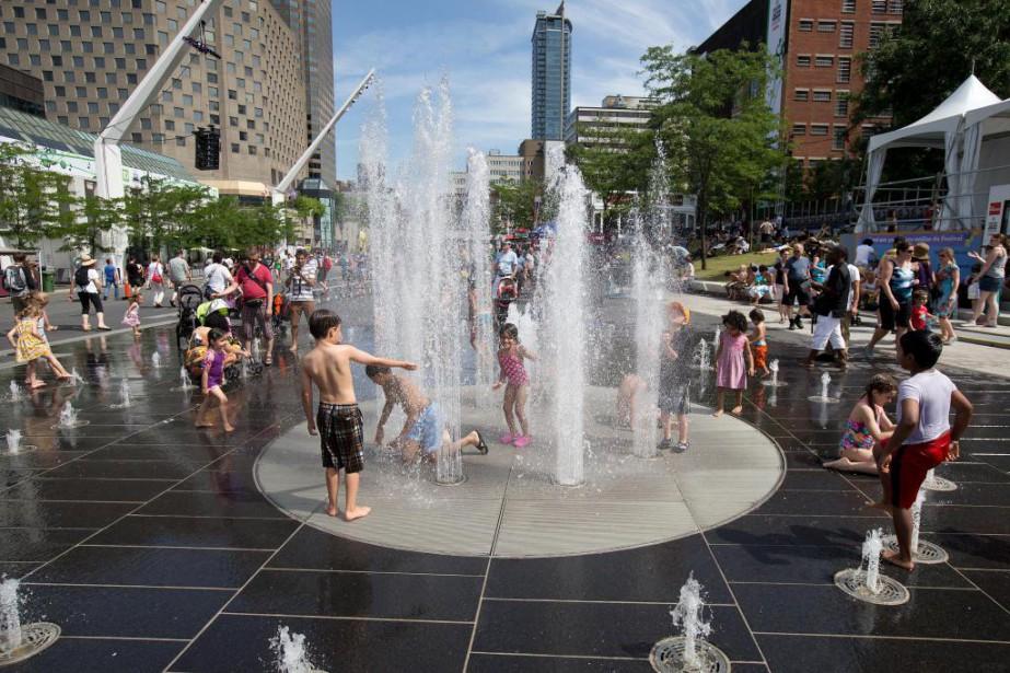 À Montréal, Environnement Canada prévoit aujourd'hui un maximum... (Photo Robert Skinner, Archives La Presse)