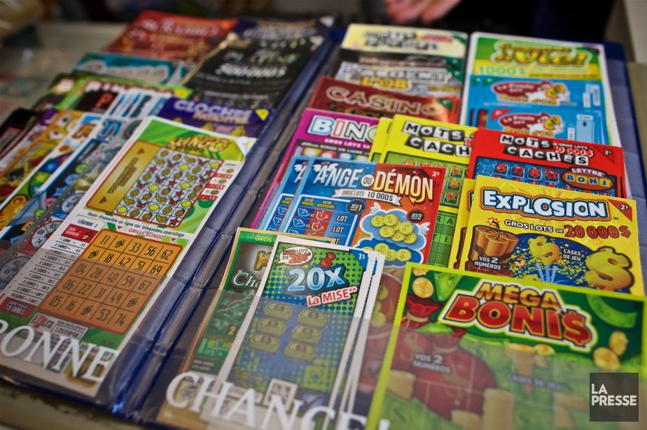 Les jeunes adultes sont plus susceptibles d'acheter des... (PHOTO ANDRÉ PICHETTE, ARCHIVES LA PRESSE)
