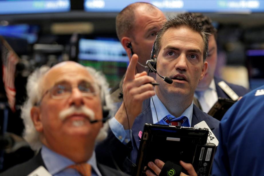 «Les investisseurs saluent les bonnes nouvelles sur les... (PHOTO BRENDAN MCDERMID, REUTERS)