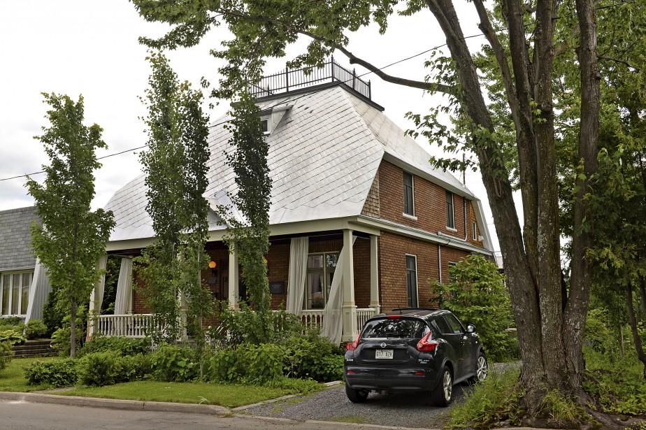 Vue extérieur de la maison de Nathalie Lorrain, à Charlesbourg (Le Soleil, Patrice Laroche)