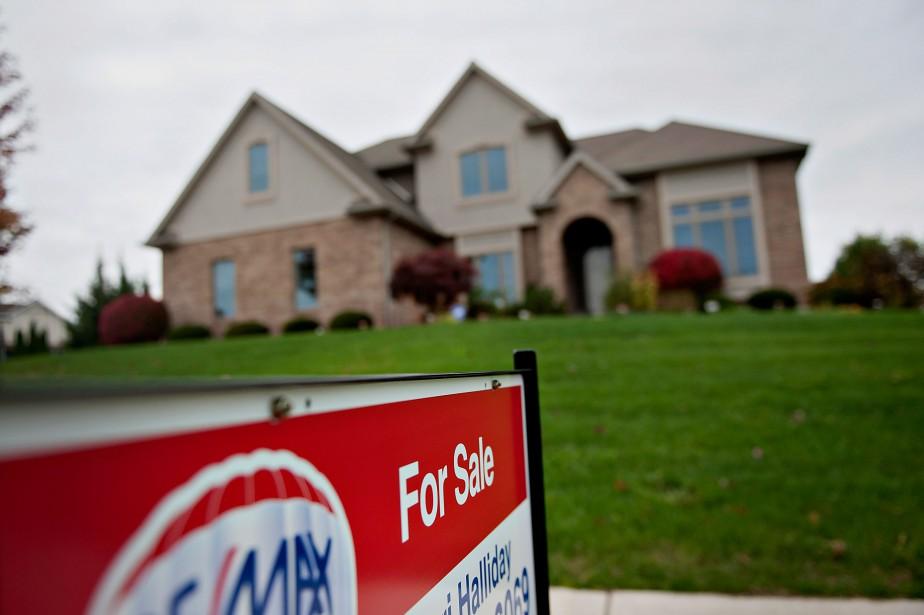 Les ventes de maisons ont diminué de... (PHOTO DANIEL ACKER, ARCHIVES BLOOMBERG)