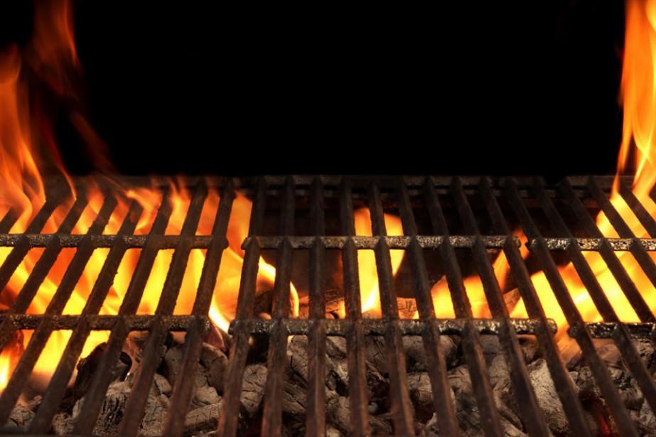 Été et barbecue vont de pair. Au parc ou en camping, il est... (photo thinkstock)