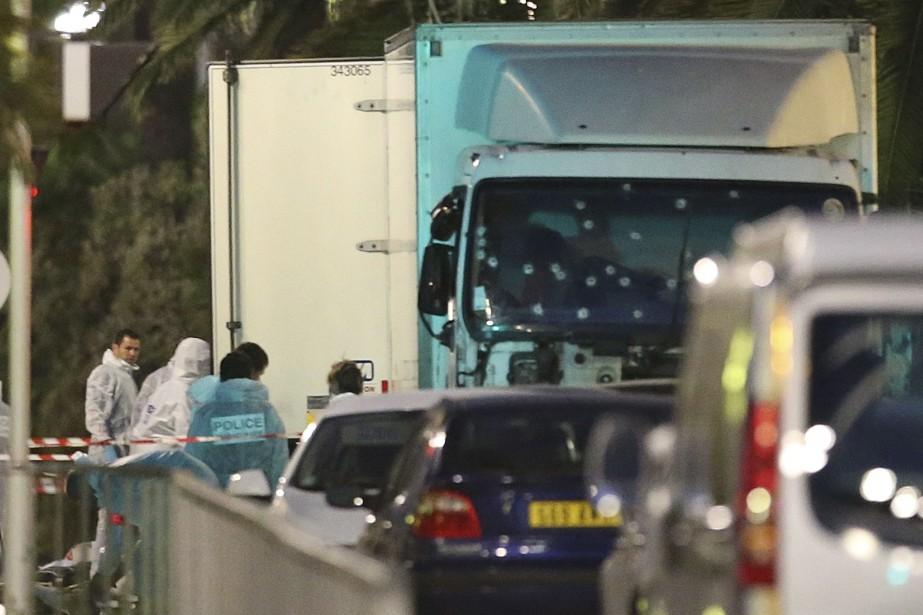 Le camion que conduisaitMohamed Lahouaiej-Bouhlel.... (Photo Luca Bruno, archives Associated Press)