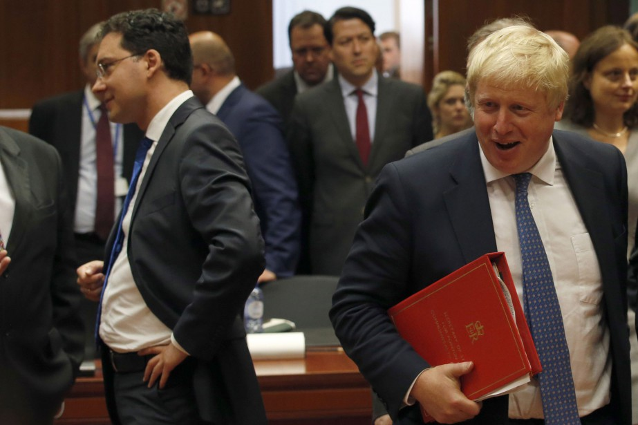 Le nouveau chef de la diplomatie britannique et... (PHOTO AP)