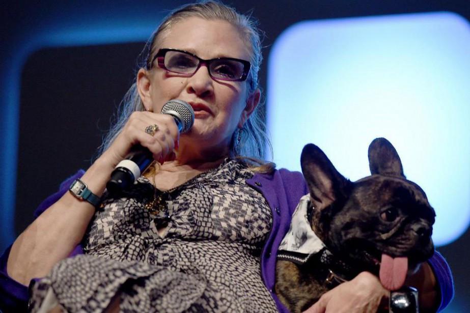 Accompagnée de son inséparable Gary, Carrie Fisher, interprète... (PHOTOBEN A. PRUCHNIE, FOURNIE PAR DISNEY)