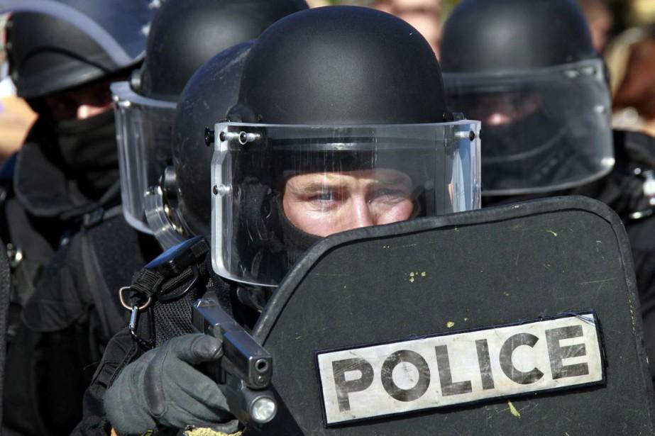 Des éléments du GIPN (Groupe d'Intervention de la... (Photo archives Reuters)