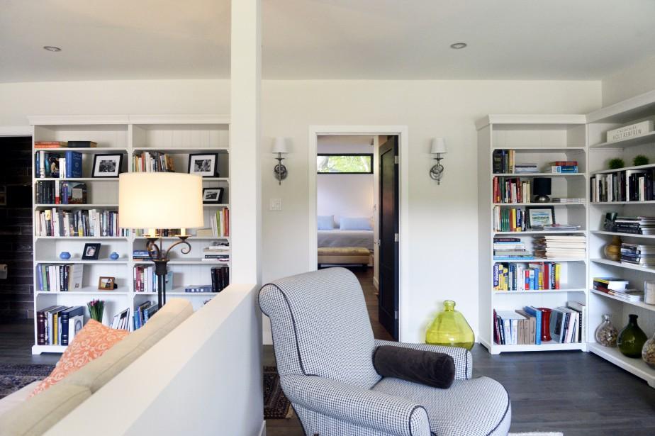 La seconde portion du bungalow est à la fois un vivoir et un bureau. (Le Soleil, Jean-Marie Villeneuve)