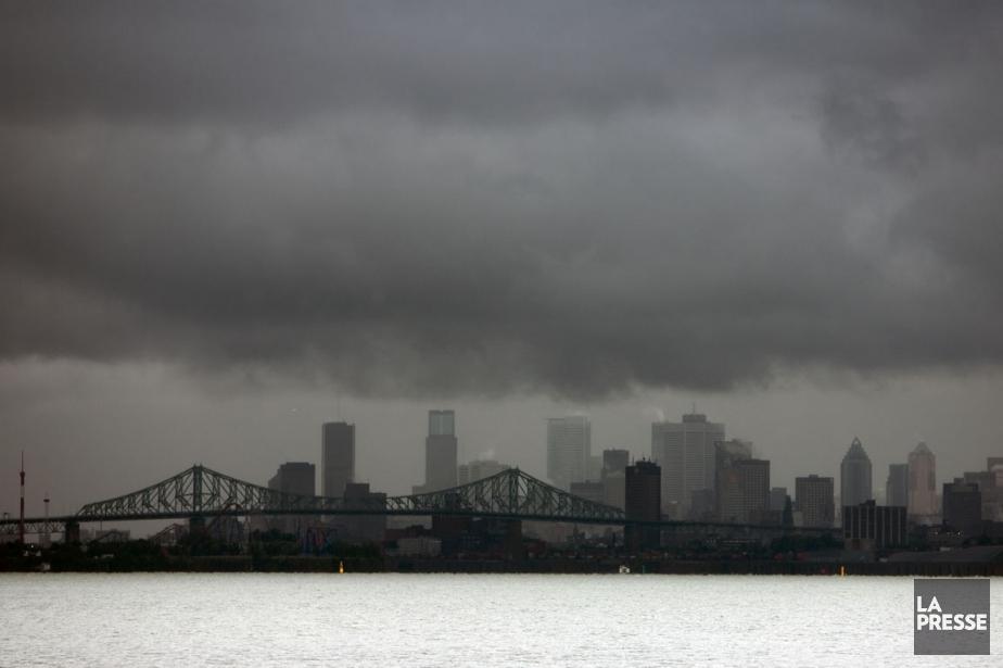 De violents orages et de fortes précipitations se... (PHOTO ARCHIVES LA PRESSE)