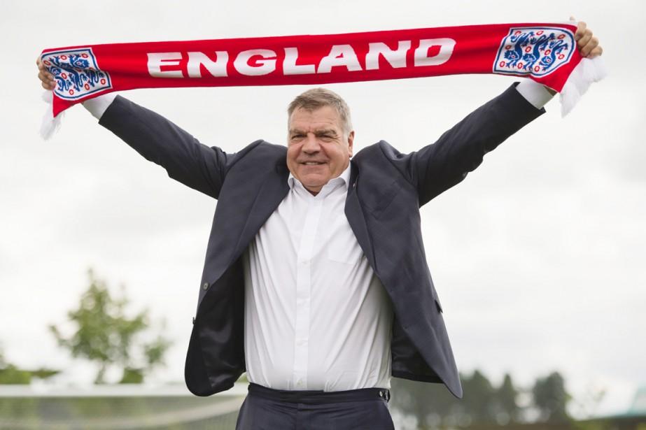 Nommé vendredi pour deux ans, l'entraîneur Sam Allardycea... (photo OLI SCARFF, AFP)