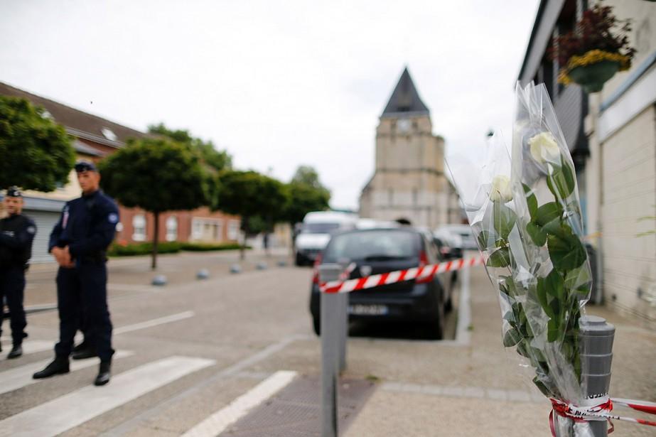Au moment des faits, le premier assaillant portait... (PHOTO AFP)