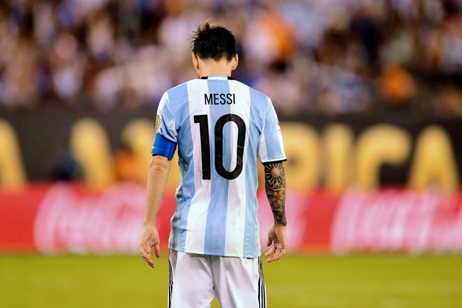 Messi a mis un terme à sa carrière... (PHOTO ALFREDO ESTRELLA, ARCHIVES AFP)