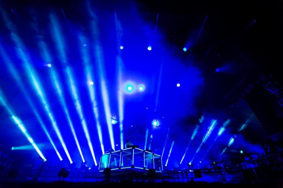 Flume convie ses fans à un spectacle total,... (Photo Tim Snow, fournie par Osheaga)