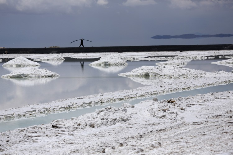 Salar de Uyuni est le plus grand désert... (PHOTO BLOOMBERG)