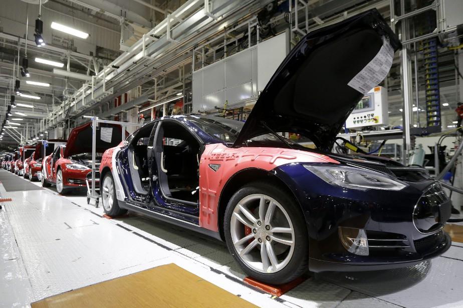 Tesla a produit 18 345 véhicules durant le... (Photo : ap)