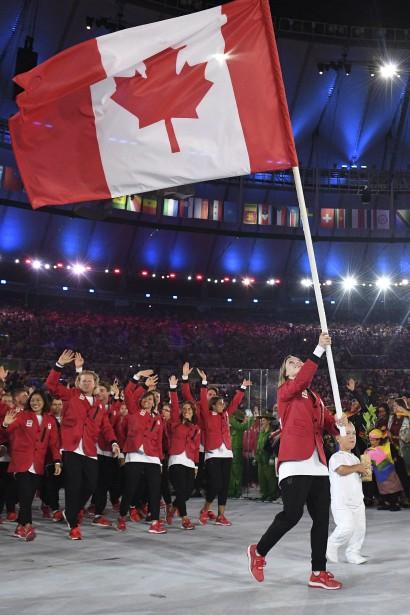 La délégation canadienne était menée par Rosie MacLennan. (AFP, Leon NEAL)