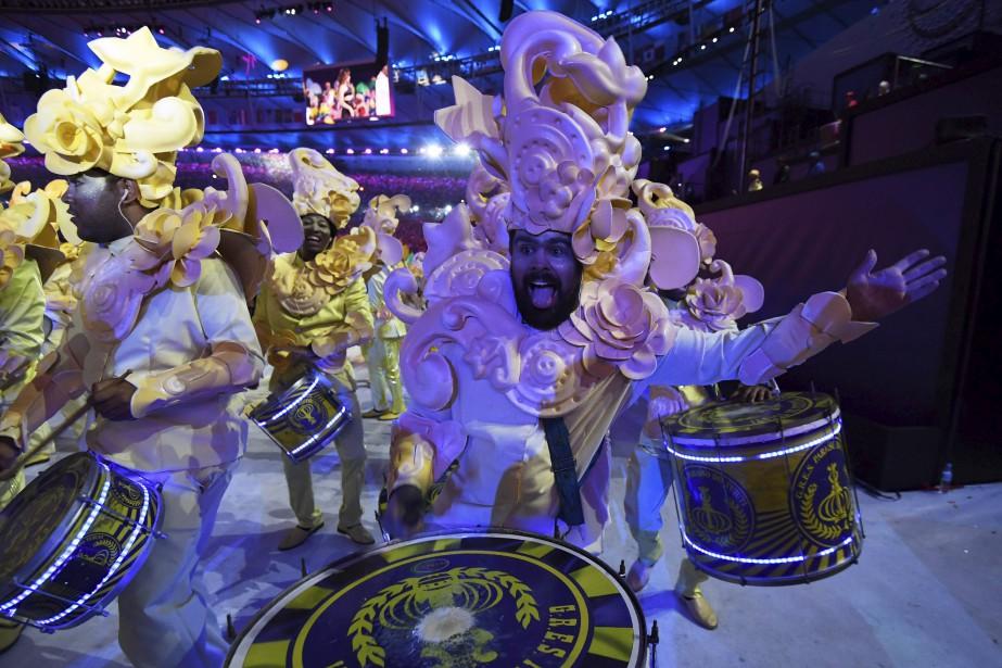 Le spectacle a eu des airs de Carnaval. (AFP, Jewel SAMAD)