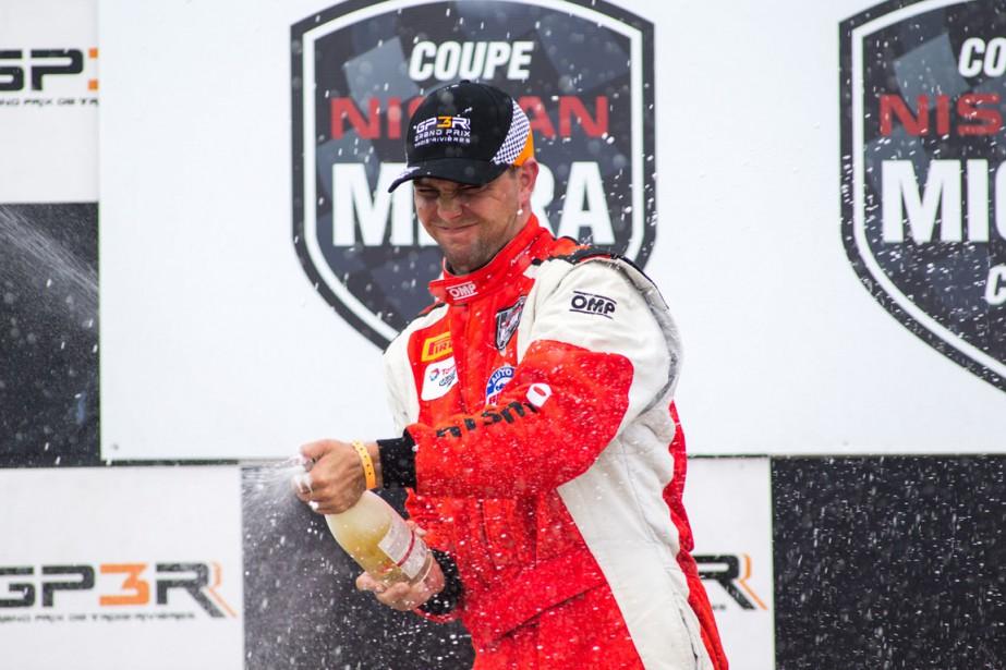 Deux ans après son grave accident en NASCAR, Xavier Coupal a savouré sa victoire en Coupe Nissan Micra. | 14 août 2016
