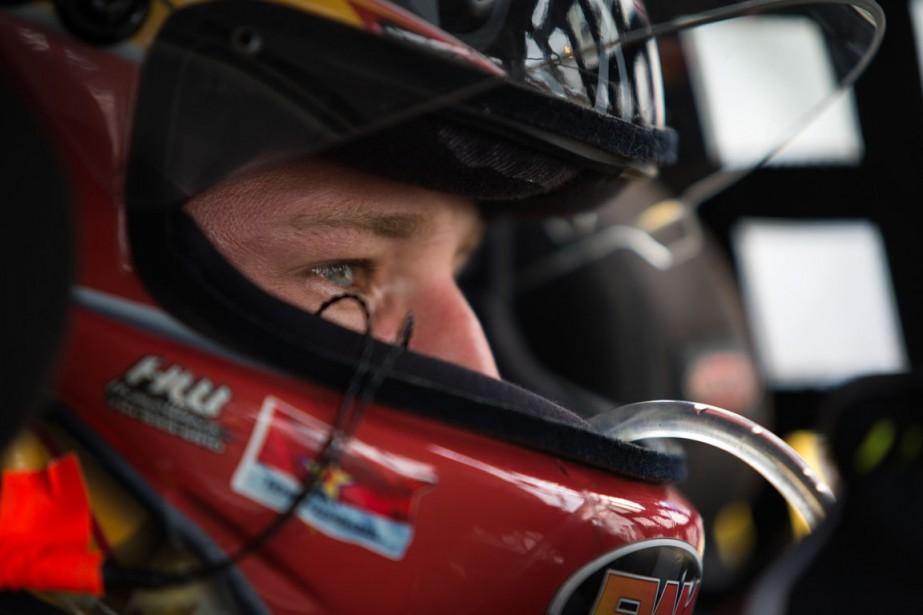 Jeffrey Earnhardt est un Américain qui a l'habitude de rouler en Coupe Sprint, la plus importante compétition NASCAR aux États-Unis. | 14 août 2016