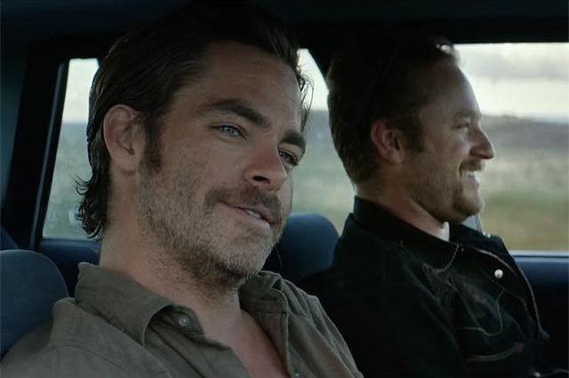 Chris Pine et Ben Foster dans Hell or... (PHOTO FOURNIE PAR CBS FILMS)