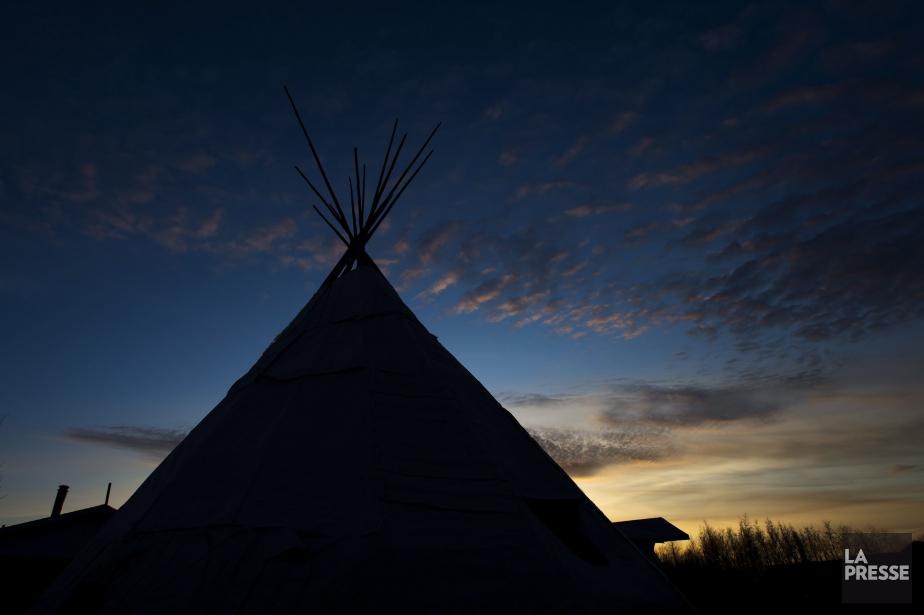Un tipi dans une réserve autochtone ontarienne.... (Archives Presse canadienne)