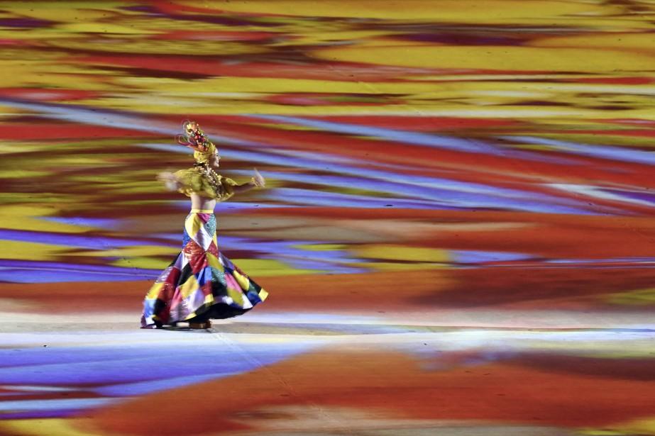 Grand carnaval au stade Maracana pour la fin des Jeux olympiques de Rio. (AFP, John MacDougall)