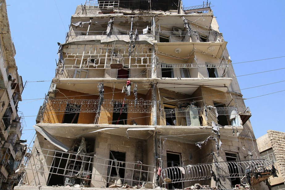 Un édifice détruit à Alep.... (Photo Abdalrhman Ismail, archives REUTERS)