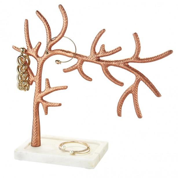 Support à bijoux en or rose et en marbre (19,99 $) (Fournie par HomeSense)