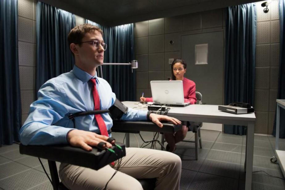Joseph Gordon-Levitt dans Snowden... (Photo fournie par Open Road Films)