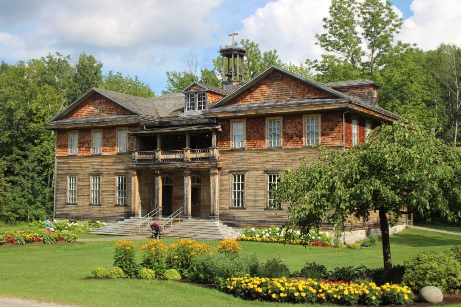 L'architecte Alfred Lamontagne a réalisé les plans du couvent-école, érigé en 1915. (Mélissa Bradette)