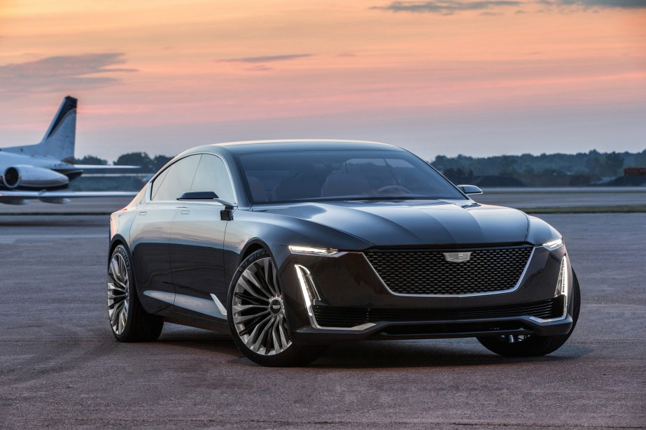 Le prototype Escala Concept illustre les codes stylistiques qu'on verra dans les prochaines Cadillac. (photo : cadillac)