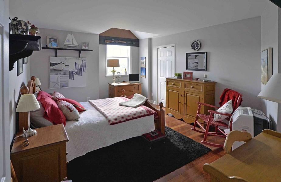 La chambre de grand-maman, qui sert aussi de chambre d'amis. (Le Soleil, Patrice Laroche)