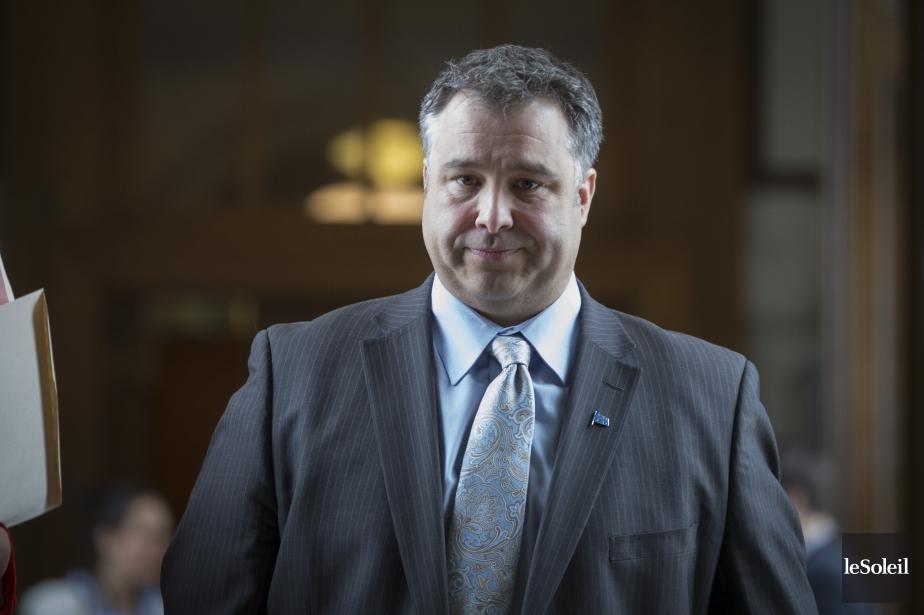 Le ministre québécois du Sport, Sébastien Proulx.... (Photo archives Le Soleil)