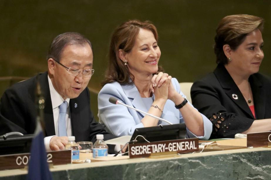 La ministre française de l'Environnement Ségolène Royal (au... (photo Carlo Allegri, REUTERS)