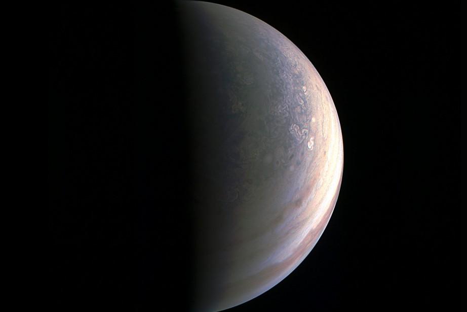 La NASA va révéler des «activités surprenantes» sur Europe, une lune de Jupiter 1268337-mysterieuse-lune-jupiter-photo-pourrait