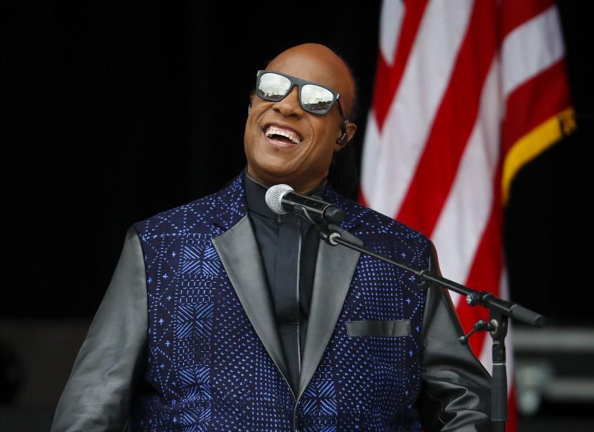 Le chanteur Stevie Wonder a offert une performance lors de la cérémonie d'ouverture. (AP, Pablo Martinez Monsivais)