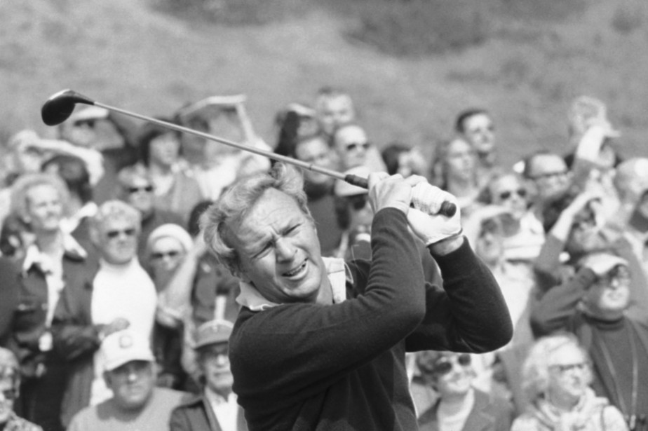Arnold Palmer en action en 1976. (Photo archives AP)