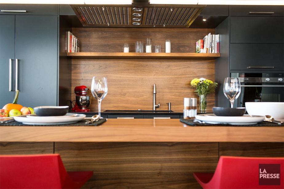 Dans la cuisine de ce spacieux appartement de... (PHOTO OLIVIER PONTBRIAND, LA PRESSE)