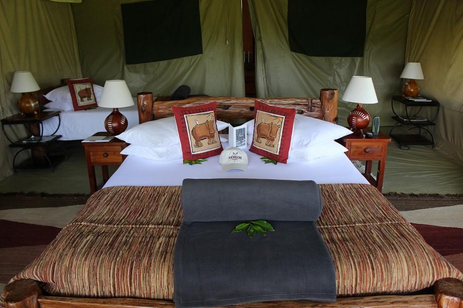 Le fastueux intérieur de l'une des huittentes de luxedu Kicheche MaraCamp (Mara North Conservancy), au Kenya. (Crédit photo: Sarah-Émilie Nault)