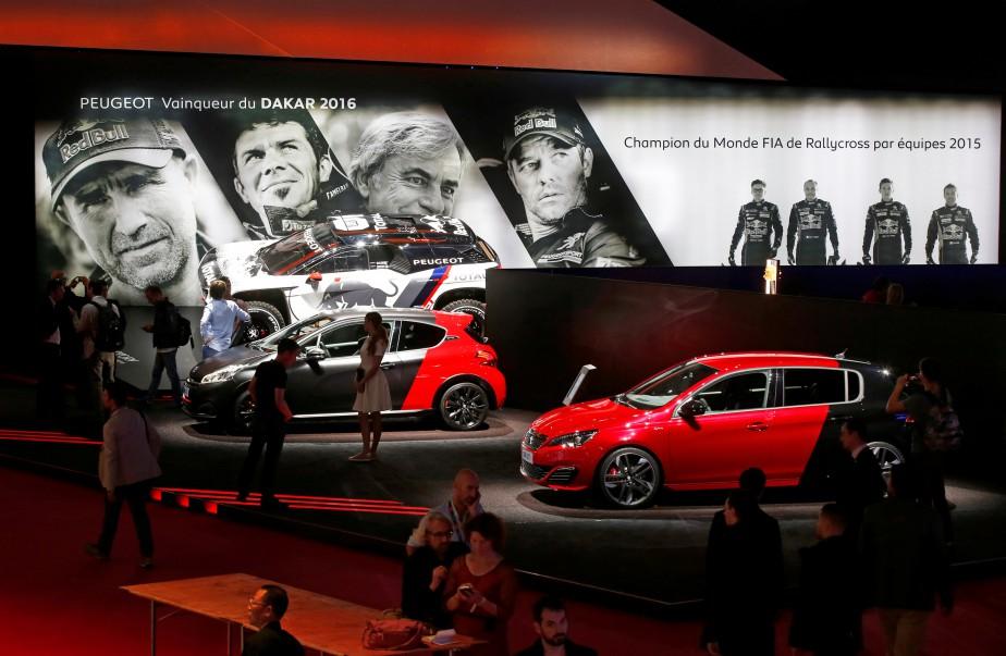 La Peugeot 2008 GTI 2017 au kiosque de Peugeot. Appeler une voiture «2008» est confondant. (REUTERS)