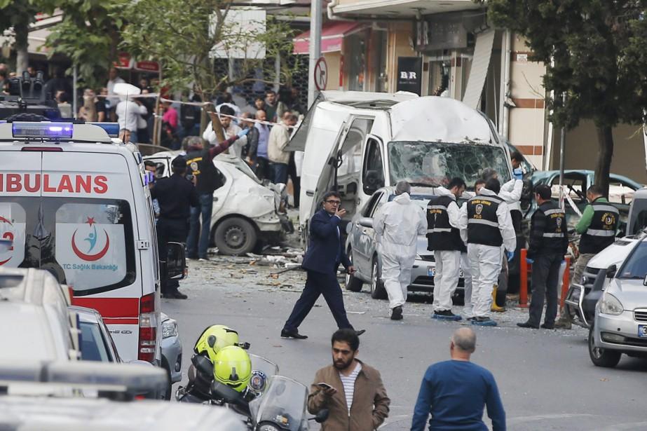 L'explosion a eu lieu dans le quartier de... (photo Emrah Gurel, AP)