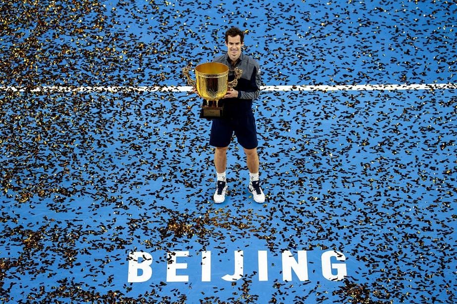 Andy Murray a remportéson cinquième tournoi de l'année.... (PHOTO REUTERS/CHINA STRINGER NETWORK)