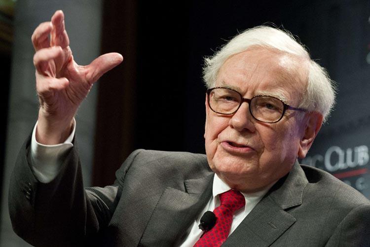 Warren Buffett... (PHOTO AFP)